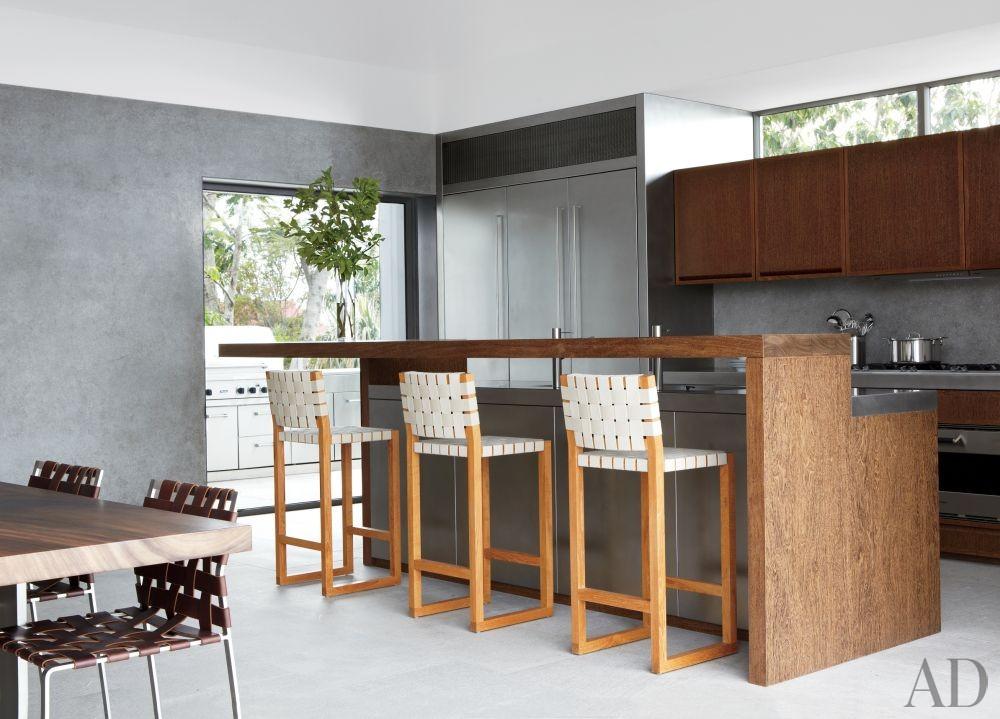 Modern Kitchen and Gwathmey Siegel & Associates Architects in St. Barts
