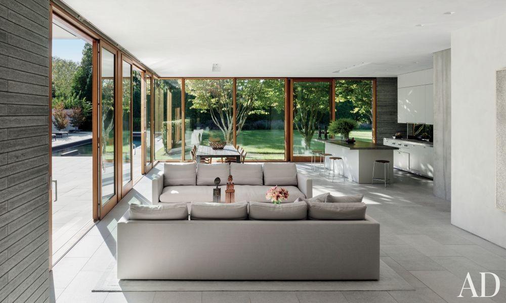 Modern Living Room and Tod Williams Billie Tsien Architects in Amagansett, New York