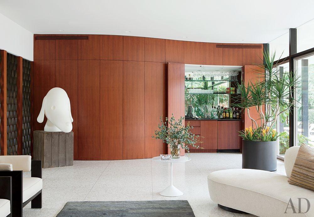 Modern Living Room by Brad Dunning Design in Beverly Hills, California