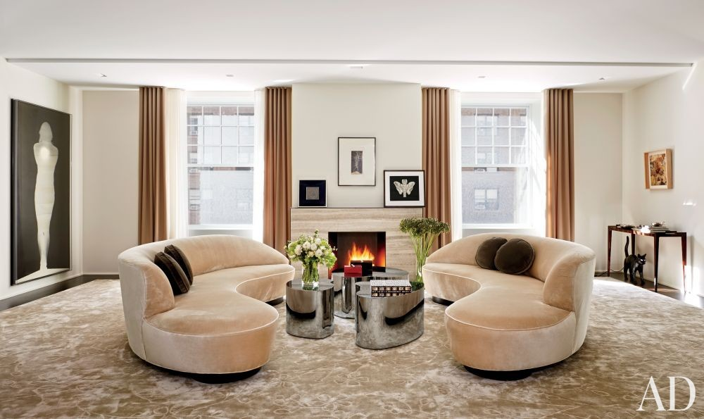 Modern Living Room by D\'Apostrophe Design Inc. in New York, New York