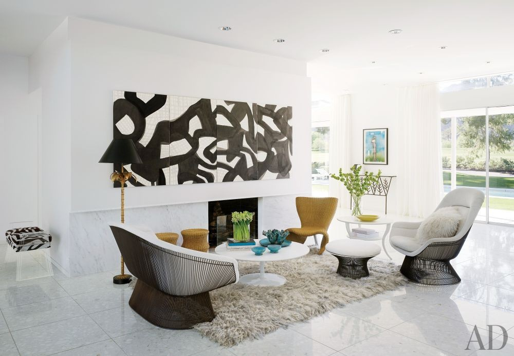 Modern Living Room by Emily Summers Design Associates and o2 Architecture in Indian Wells, California