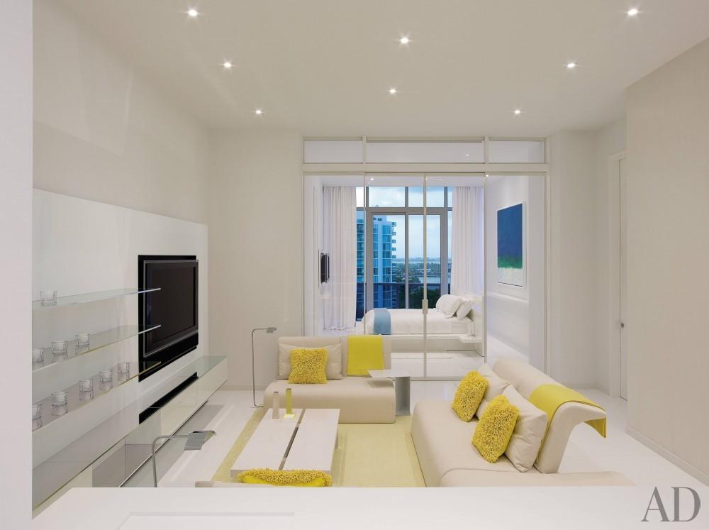 Modern Living Room by Jennifer Post and Jennifer Post in Miami Beach, FL