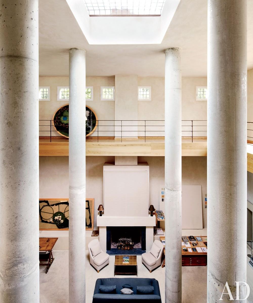 Modern Living Room in Madrid, Spain