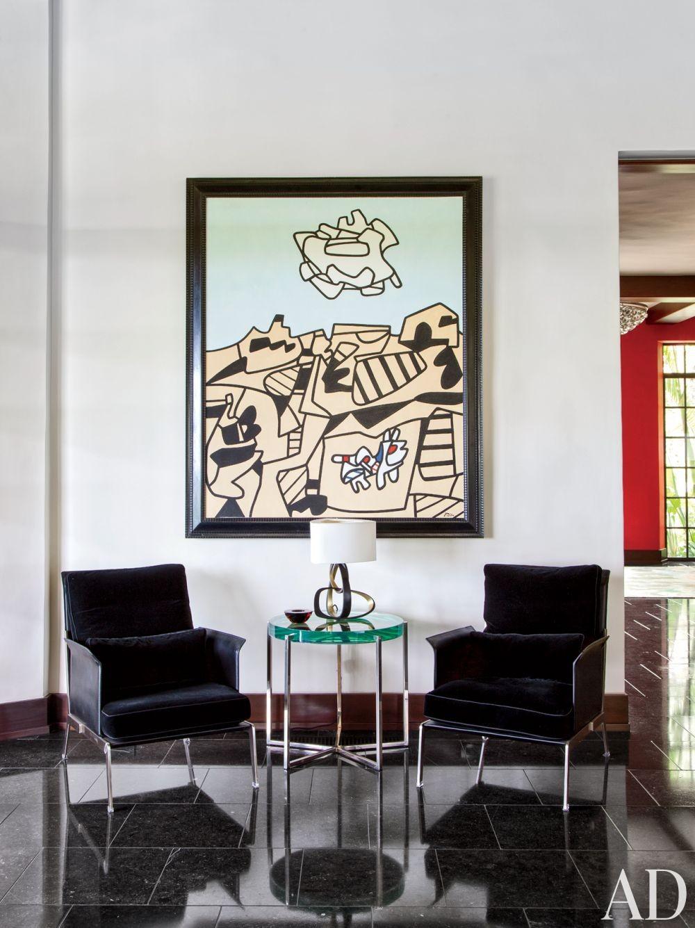Modern Living Room by Nancy Heller in Los Angeles, California