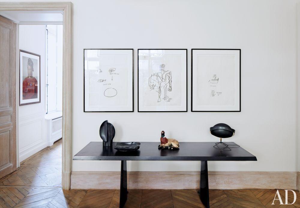 Modern Living Room in Paris, France
