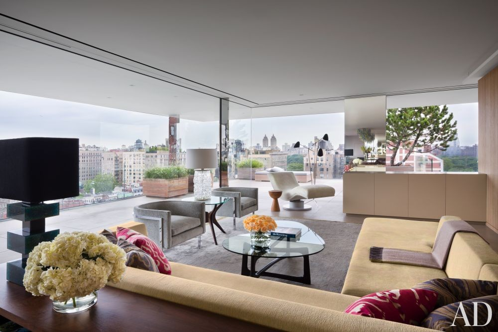 Modern Living Room by Rees Roberts + Partners and Steven Harris Architects in New York, New York