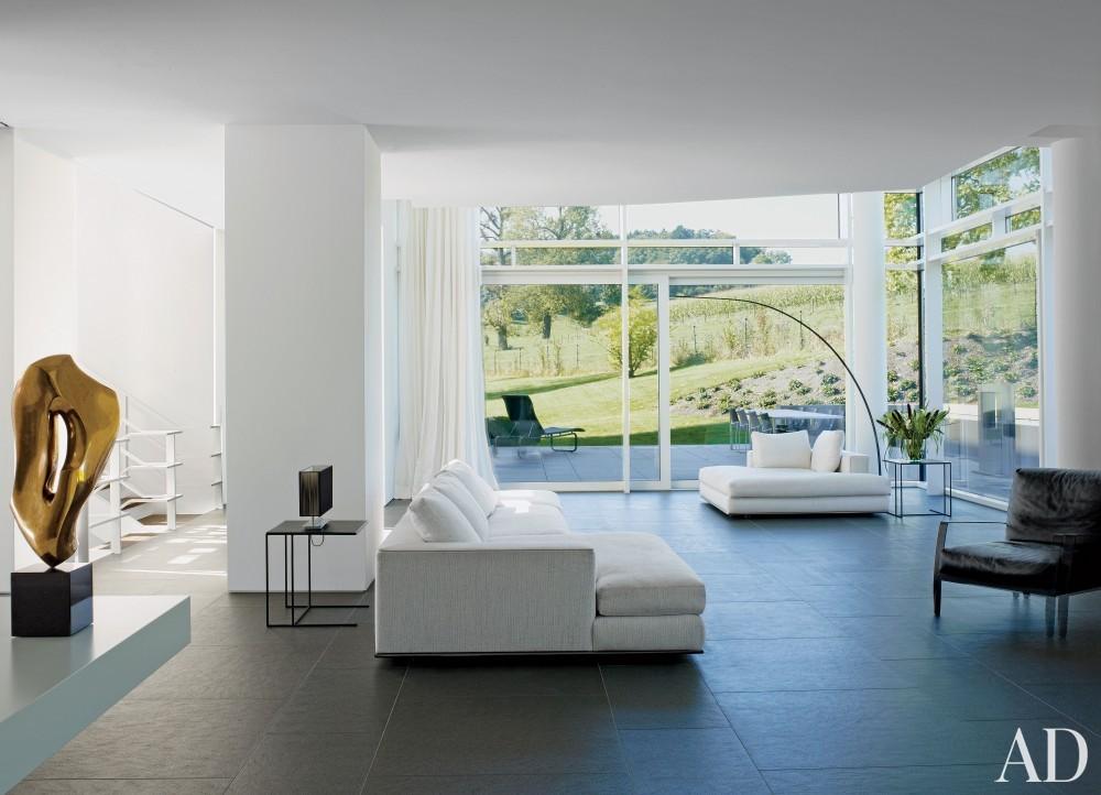 Modern Living Room by Richard Meier & Partners Architects and Richard Meier & Partners Architects in Luxembourg