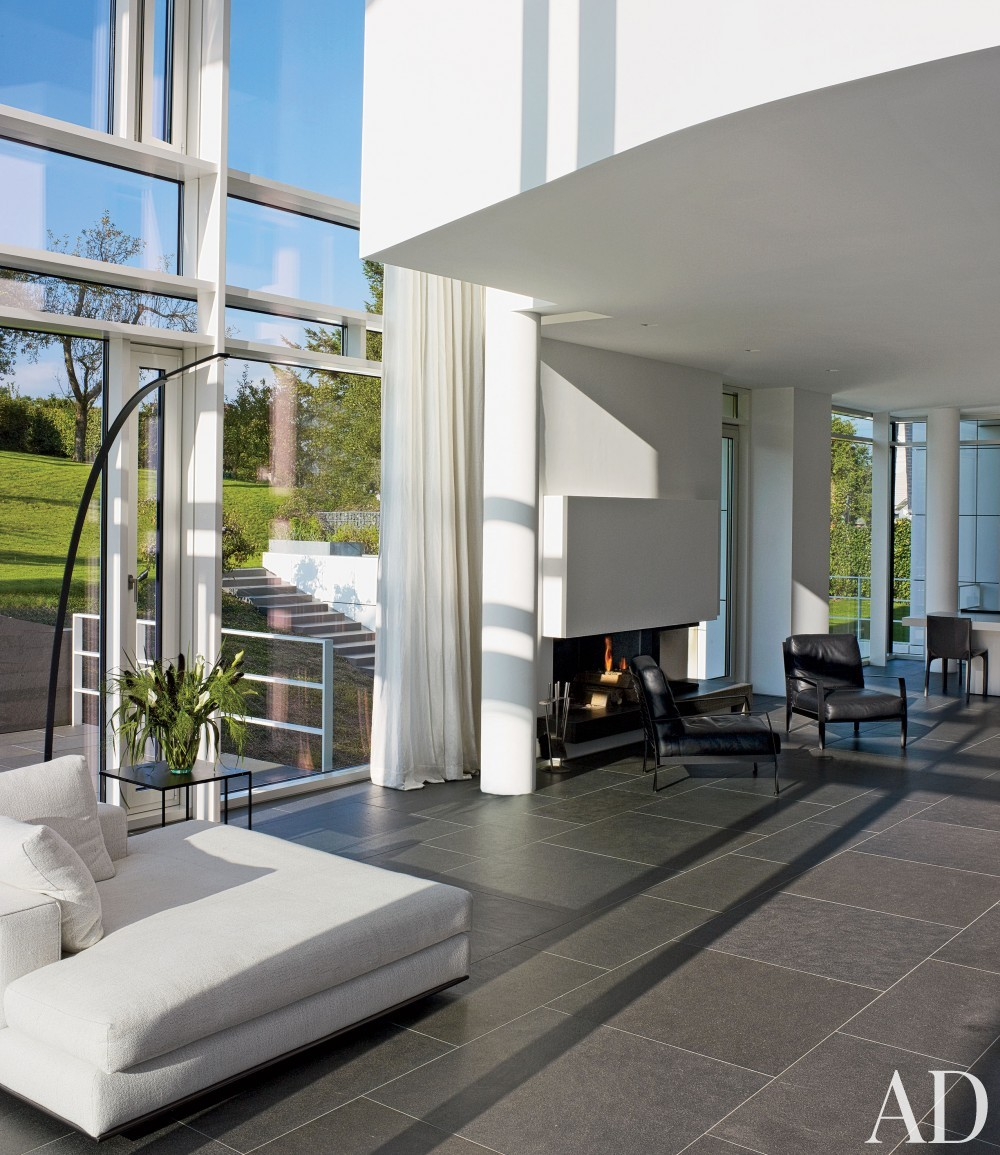 Modern Living Room by Richard Meier & Partners Architects and Richard Meier & Partners Architects in Luxembourg