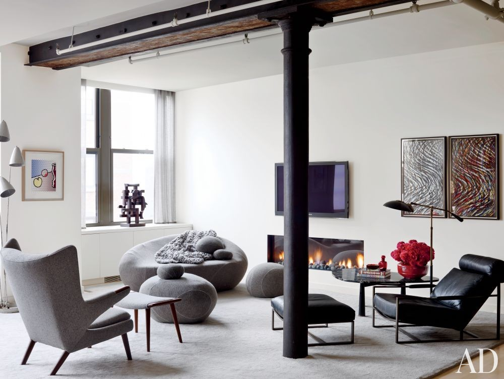 Modern Living Room by Shawn Henderson Interior Design and Richard Perry Architect in New York, New York