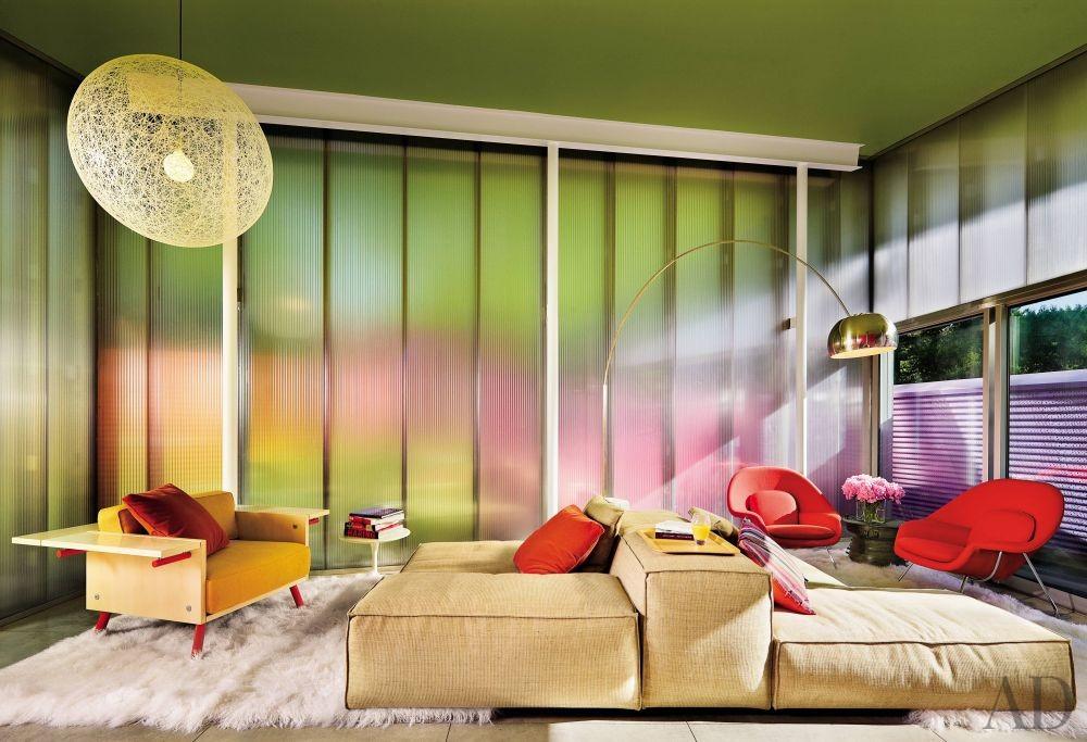 Modern Living Room and Stamberg Aferiat in Shelter Island, New York