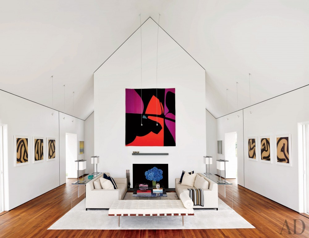 Modern Living Room by Simon Jacobsen and Jacobsen Architecture in Nantucket, Massachussetts