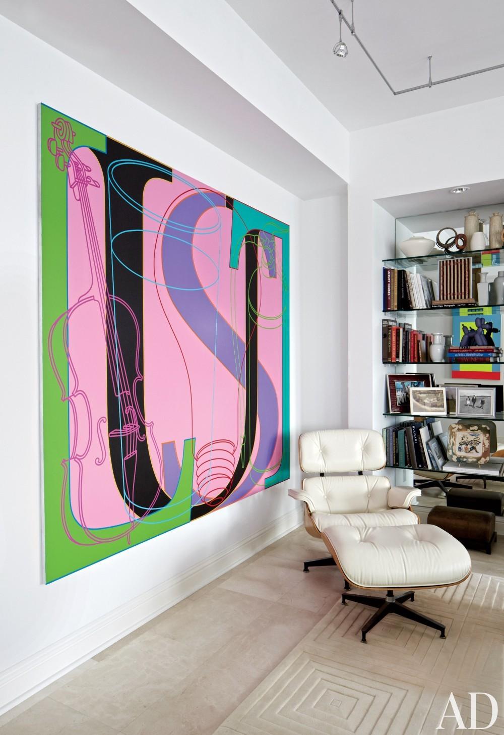 Modern Living Room by Vicente Wolf Associates Inc. in Palm Beach, FL