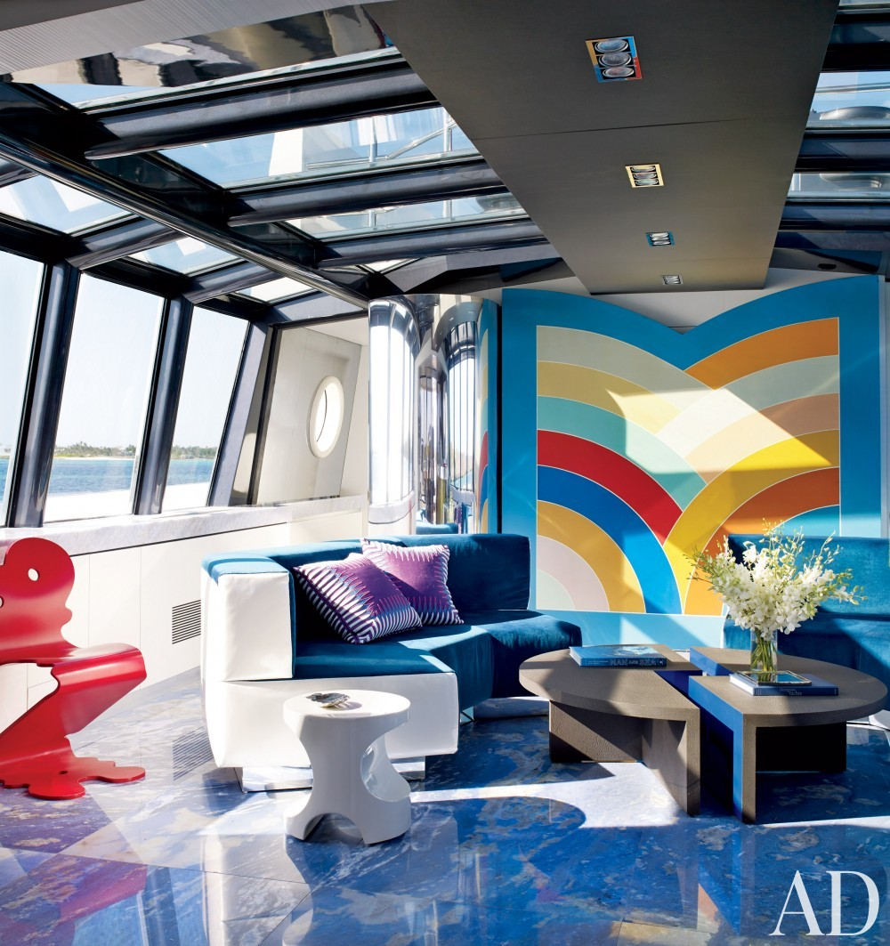 Modern Lounge by Joanne de Guardiola and Jon Bannenberg