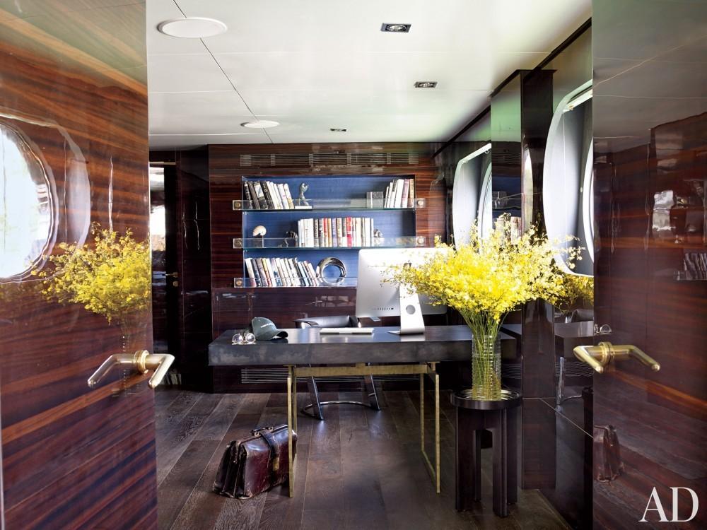 Modern Office by Joanne de Guardiola and Jon Bannenberg