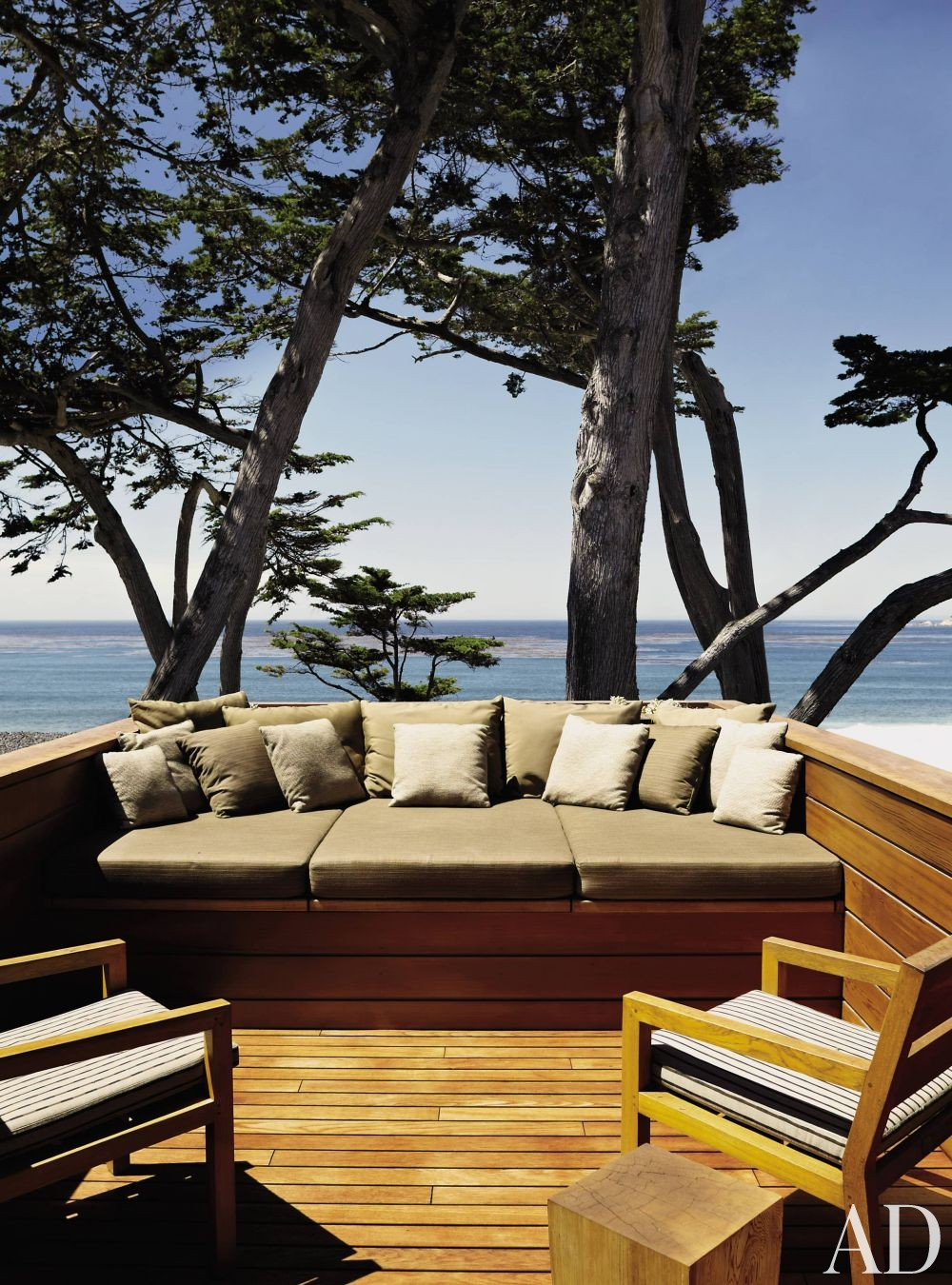 Modern Outdoor Space and Dirk Denison in Carmel-by-the-Sea, CA