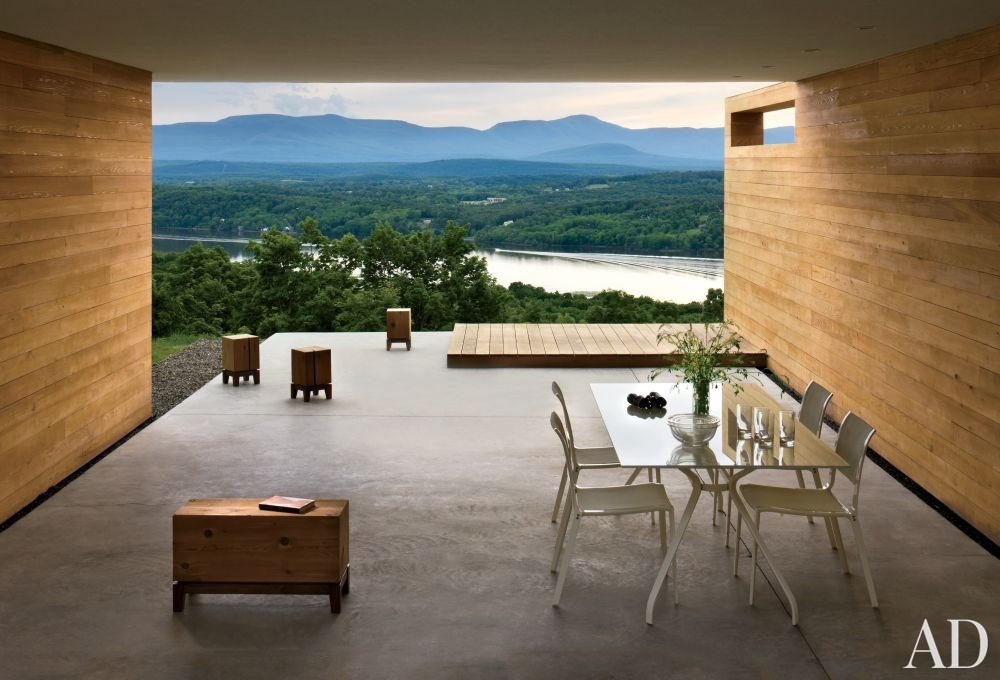 Modern Outdoor Space by Joel Sanders Architect and Joel Sanders Architect in Hudson River Valley, New York