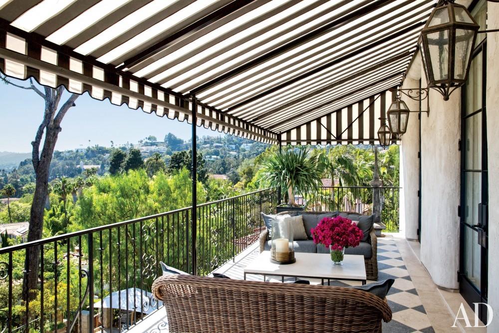 Modern Outdoor Space by Martyn Lawrence Bullard Design in Los Angeles, CA