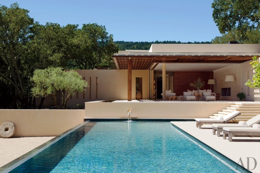 Modern Pool by April Powers and Backen, Gillam & Kroeger Architects in Woodside, California