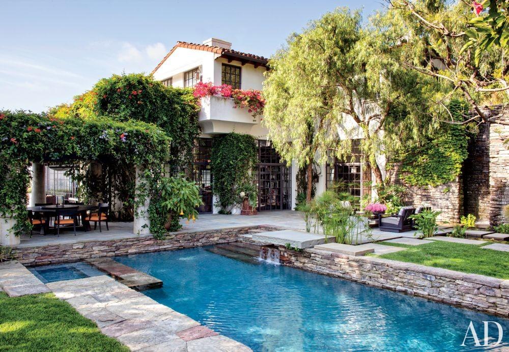 Modern Pool by Nancy Heller in Los Angeles, California