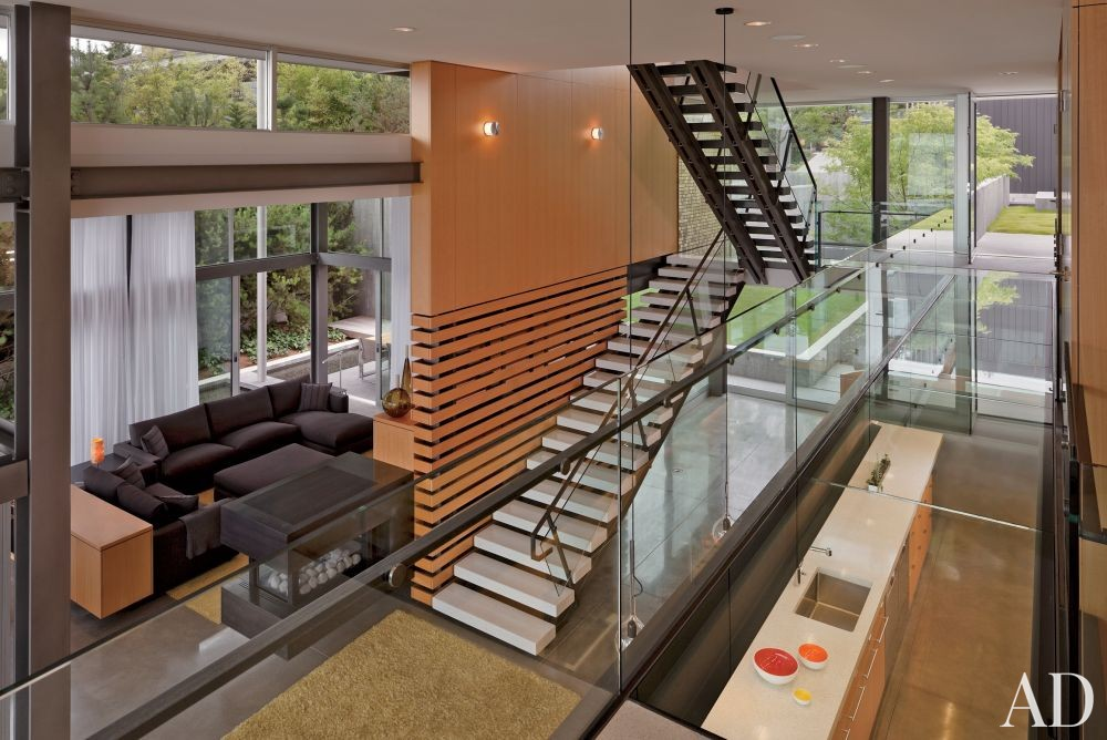 Modern Staircase/Hallway by Stretch Design and E. Cobb Architects in Mercer Island, Washington
