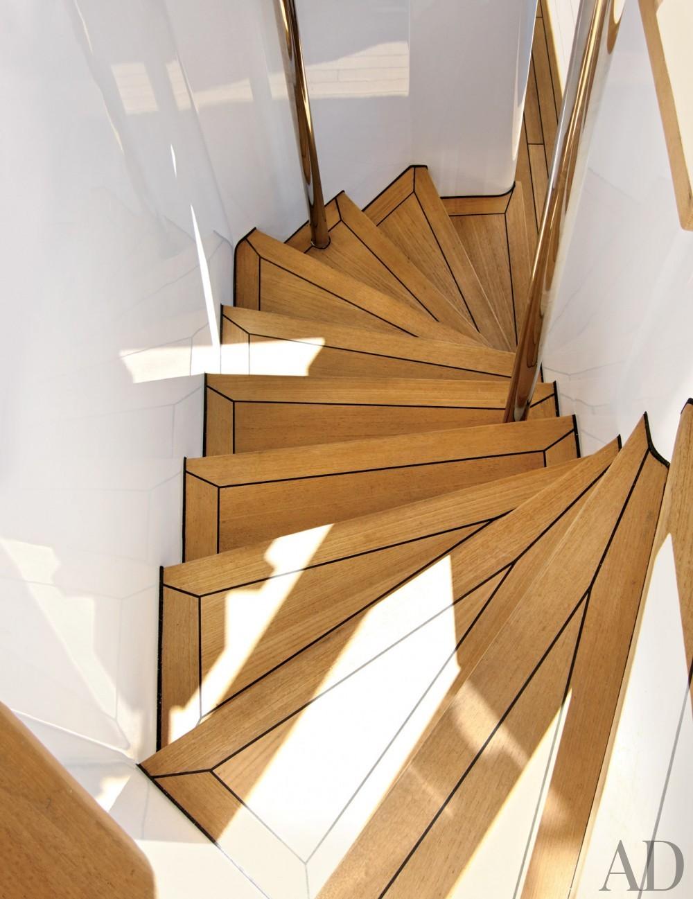Modern Staircase by Joanne de Guardiola and Jon Bannenberg