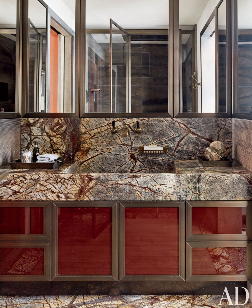 Rustic Bathroom by S. R. Gambrel Inc. and Mathis Meier Architekten in Zurich, Switzerland