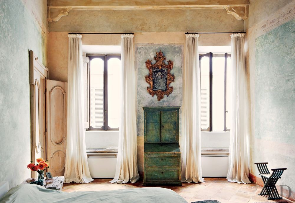 Rustic Bedroom by Axel Vervoordt and Alessio Lipari Architects and Serena Mignatti Architect in Rome, Italy