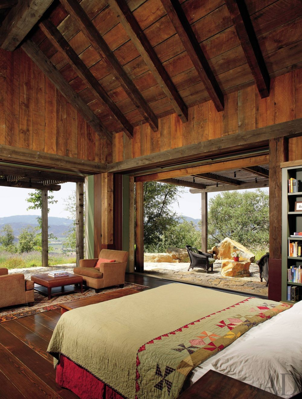 Rustic Bedroom By Backen Gillam Kroeger Architects By Architectural Di