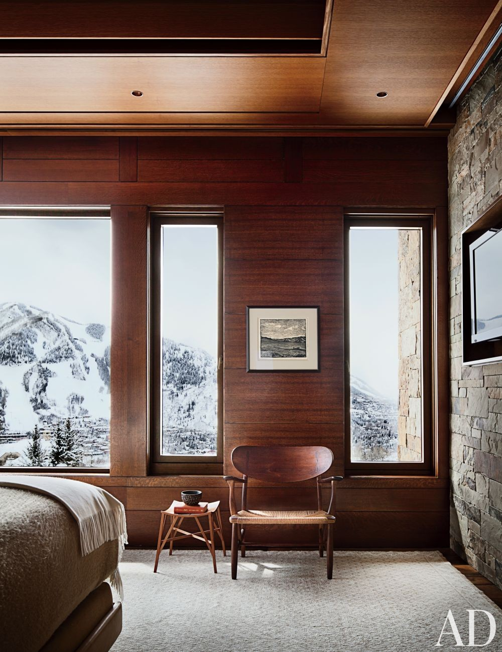 Rustic Bedroom by Studio Sofield and Studio B Architects in Aspen, Colorado