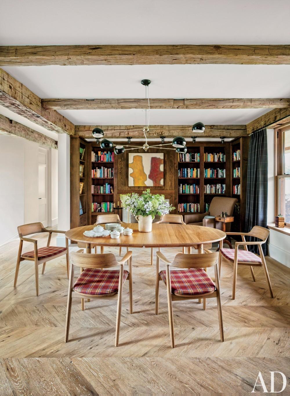 Rustic Dining Room by Kathleen Walsh and Mark Hutker in Martha\'s Vineyard, MA