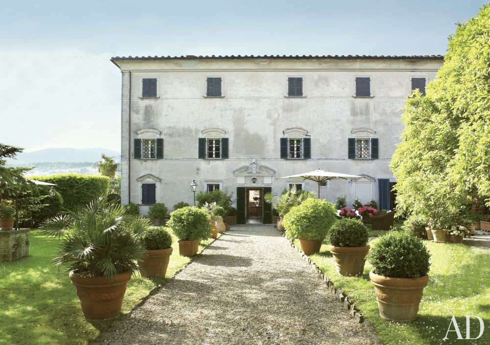 Rustic Exterior by Dede Pratesi in Tuscany, Italy
