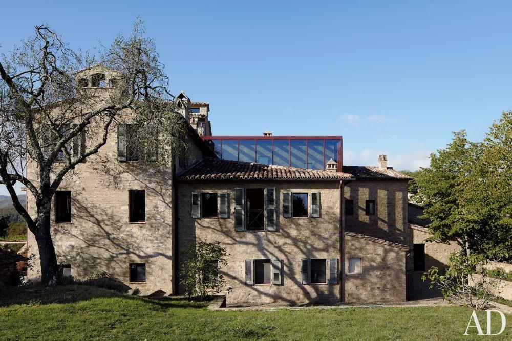 Rustic Exterior and Benedikt Bolza in Umbria, Italy