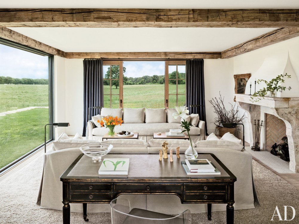 Rustic Living Room by Kathleen Walsh and Mark Hutker in Martha\'s Vineyard, MA
