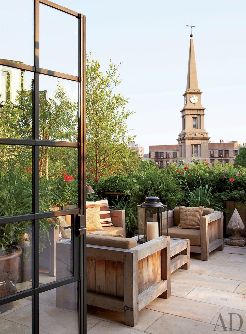 Rustic Outdoor Space by Alfredo Paredes and Michael Neumann Architecture in New York, New York