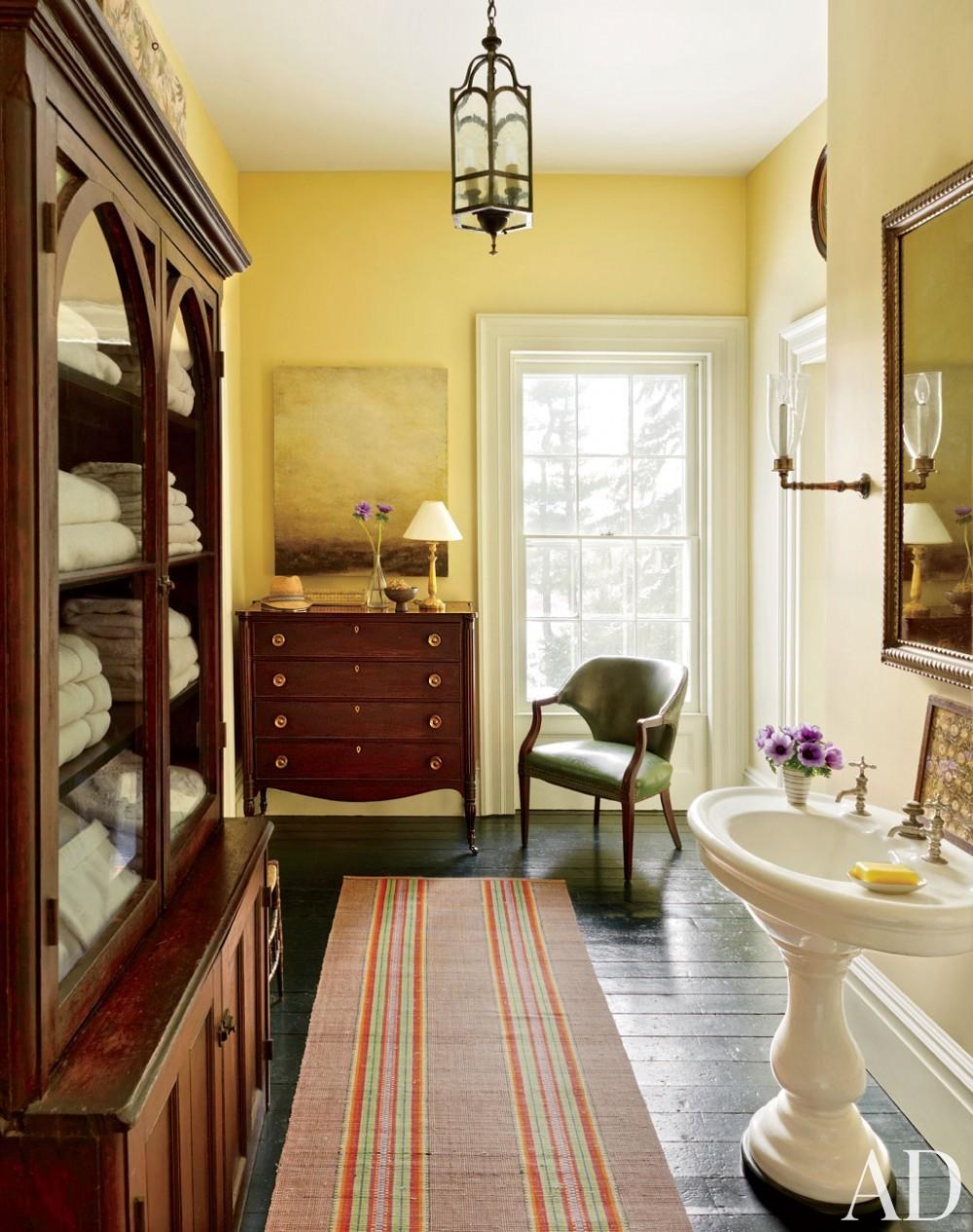 Traditional Bathroom by Hottenroth + Joseph Architects and Hottenroth + Joseph Architects in Livingston, New York