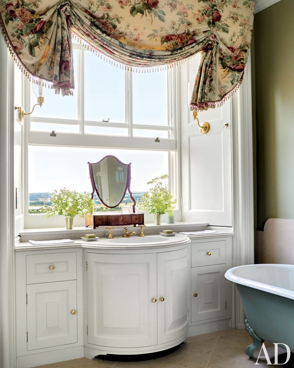 Traditional Bathroom by Mark Gillette in Burley on the Hill, England