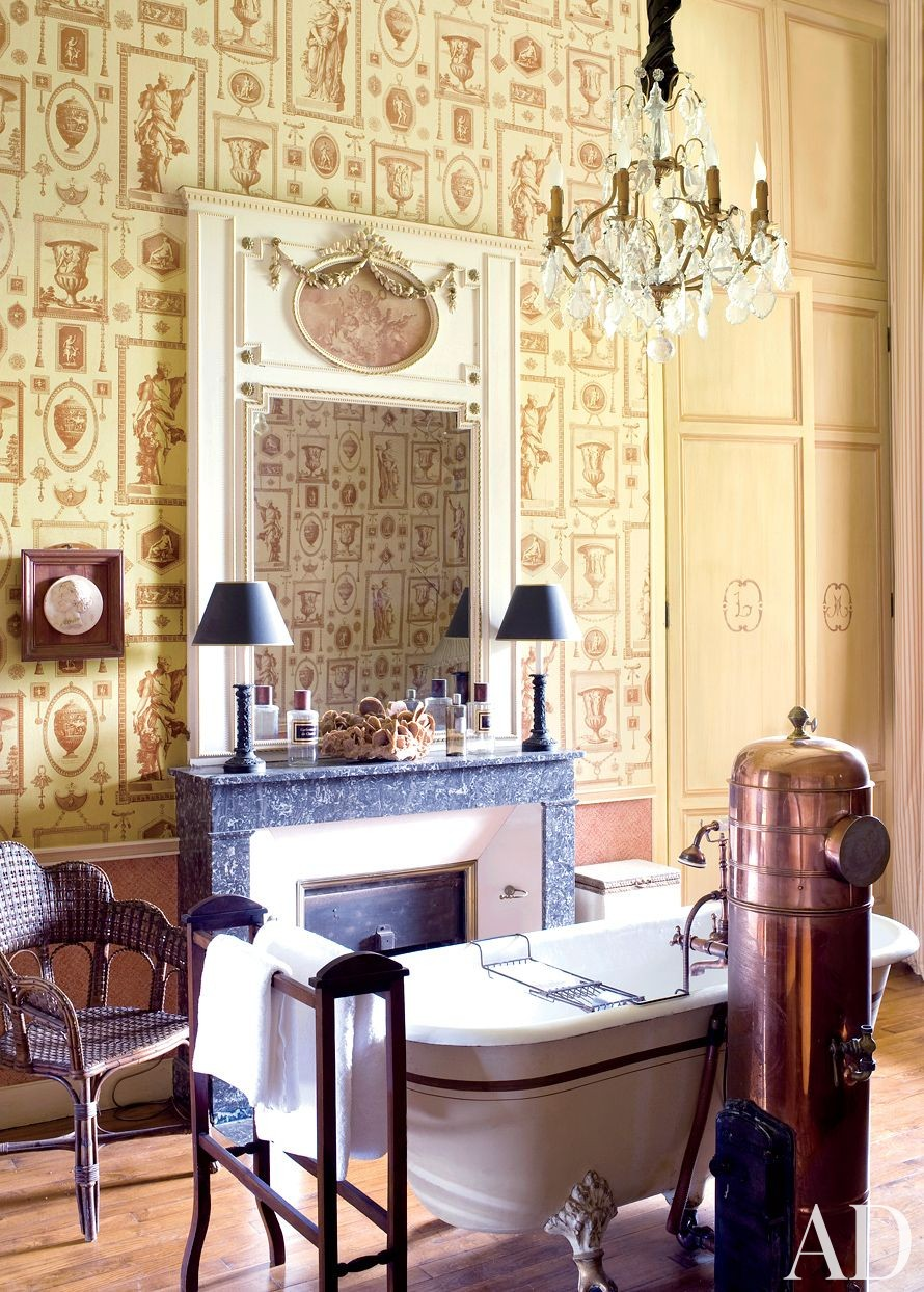 Traditional Bathroom by Mlinaric, Hernry & Zervudachi in La Beauce, France