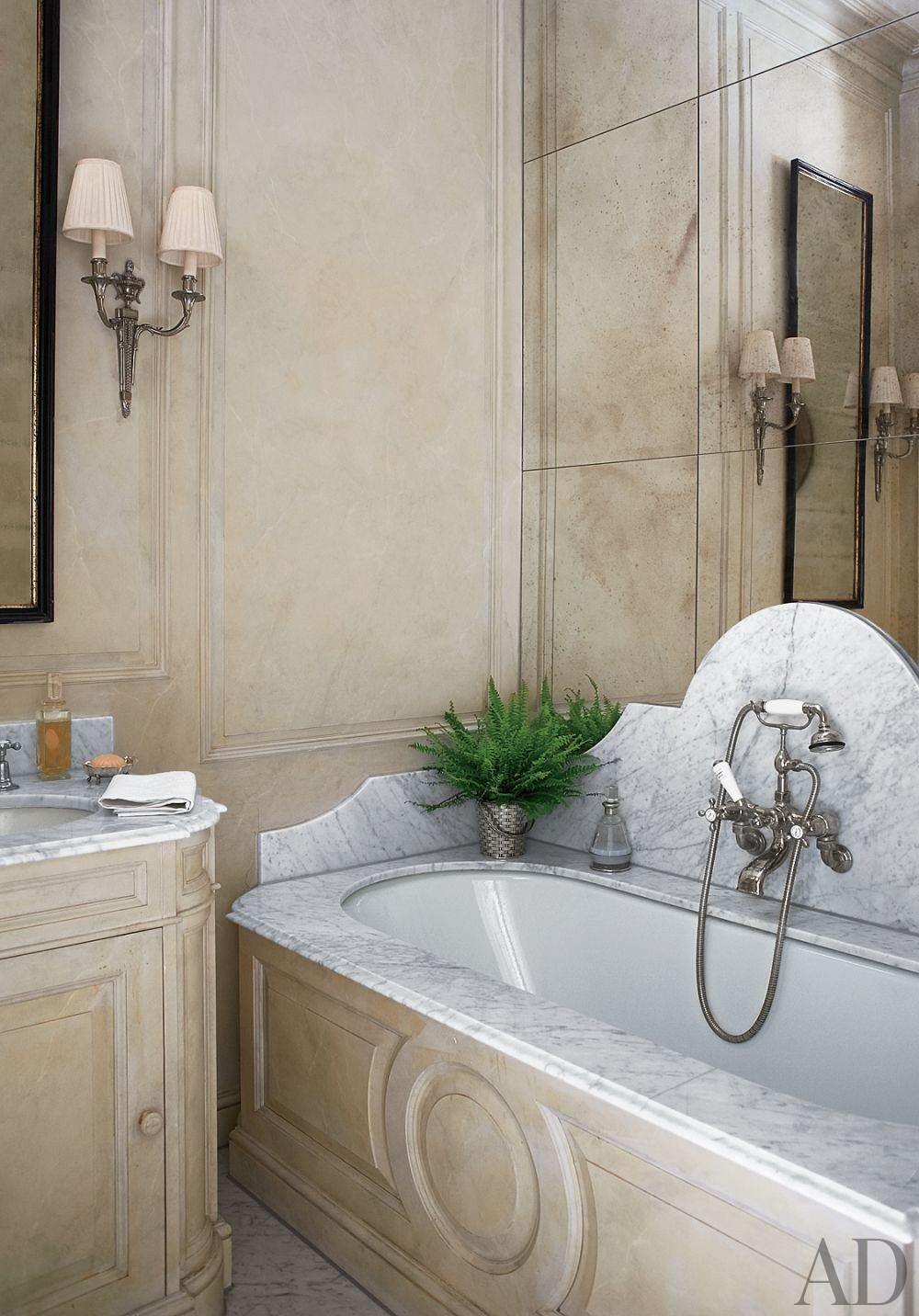 Traditional Bathroom by Paolo Moschino and Philip Vergeylen in London, England