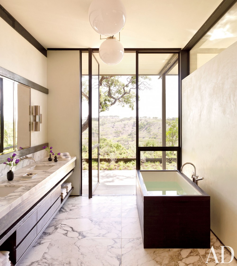 Traditional Bathroom by Sara Story and Lake|Flato in Hill Country, Texas