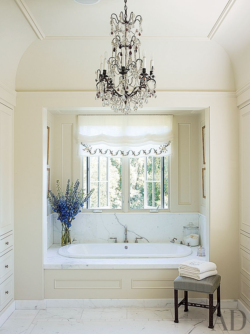 Traditional Bathroom by Suzanne Rheinstein and Associates and Ken Linsteadt Architects in California