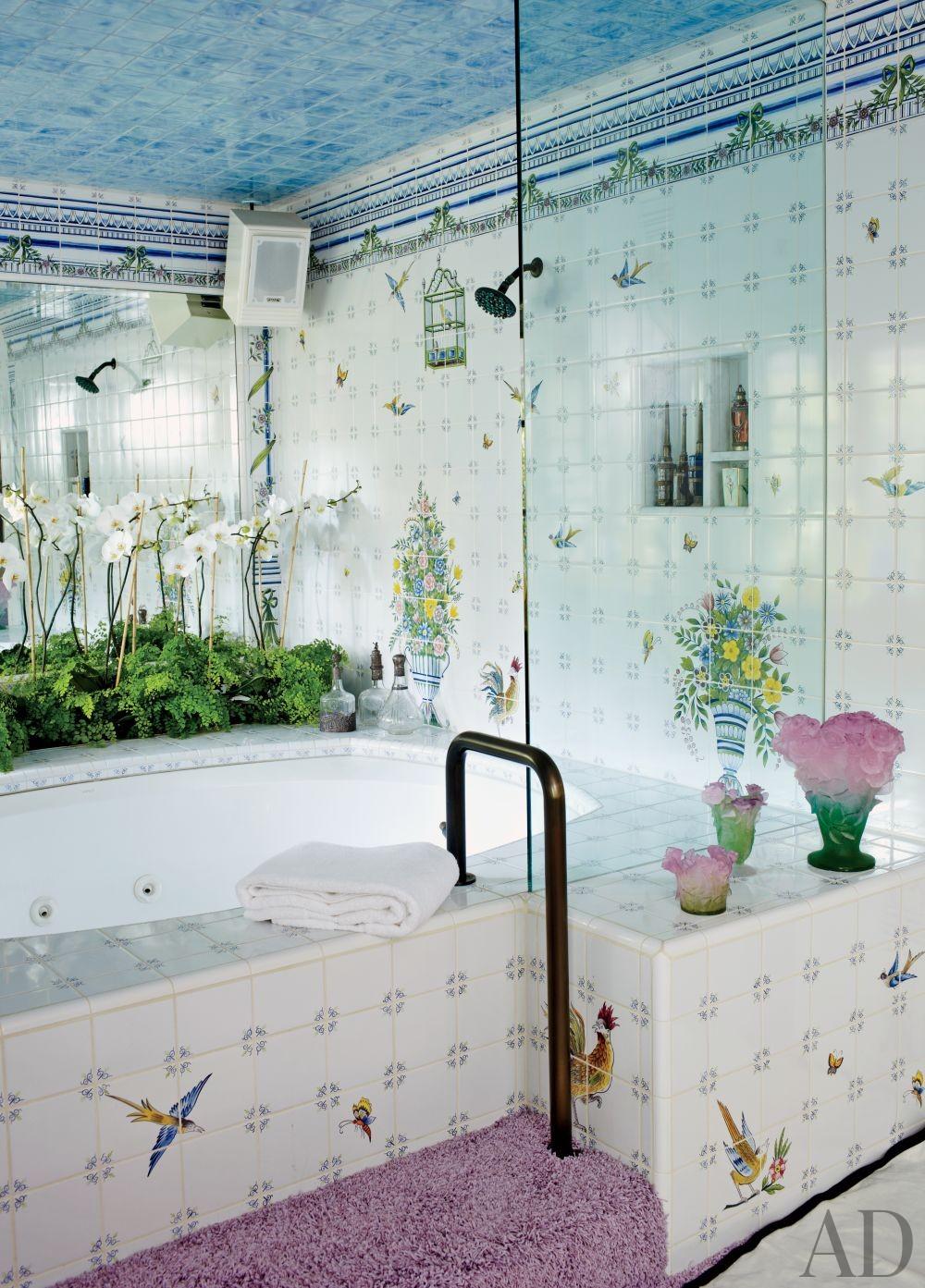 Traditional Bathroom by Waldo\'s Designs in Bel Air, California