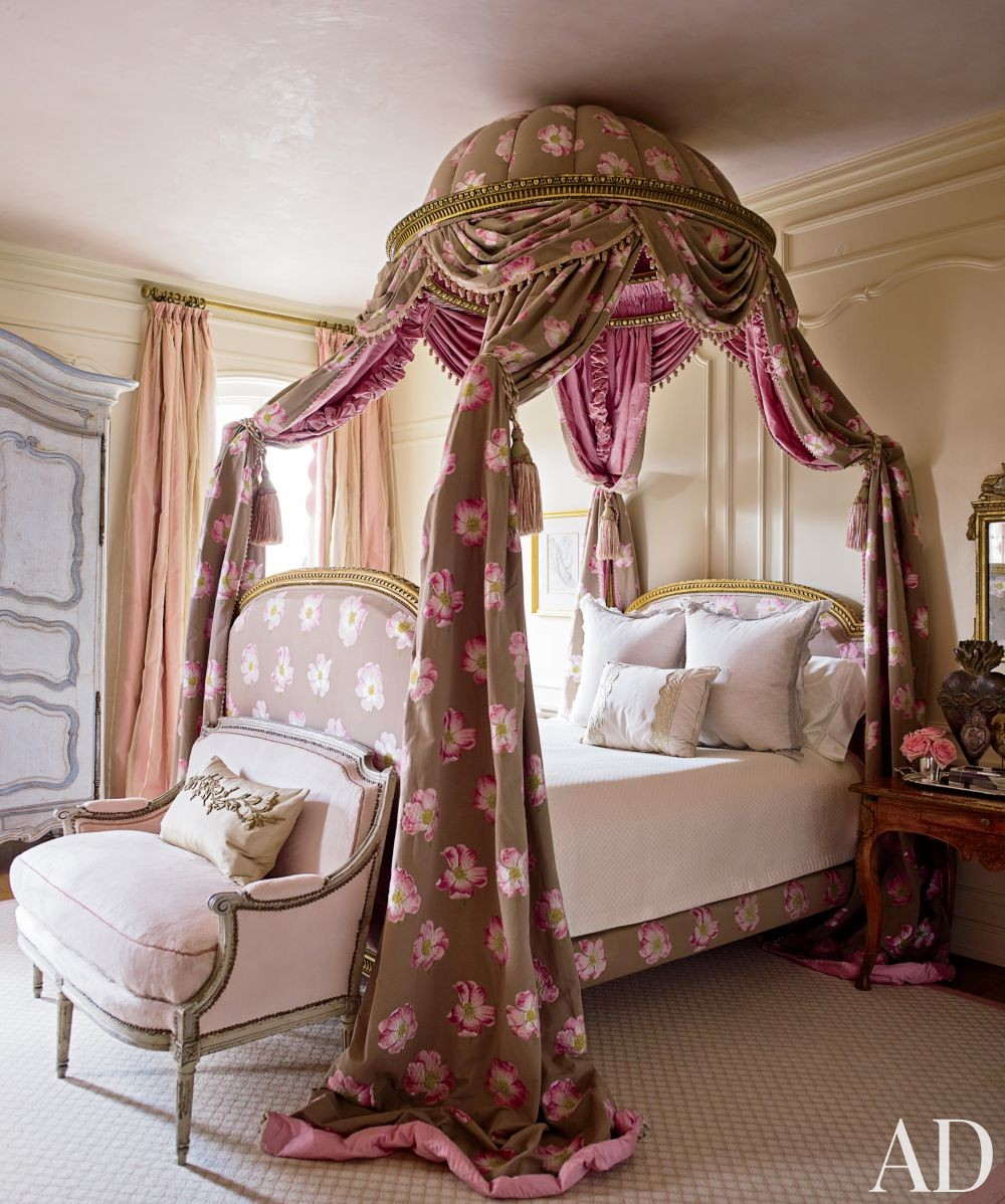 Traditional Bedroom by Kara Childress Inc. and Newberry Campa Architects in Houston, Texas