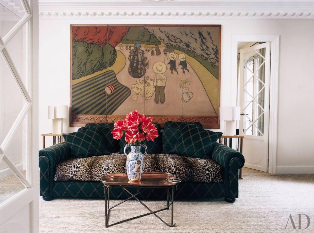 Traditional bedroom by pierre passebon and jacques grange - Jacques grange architecte d interieur ...