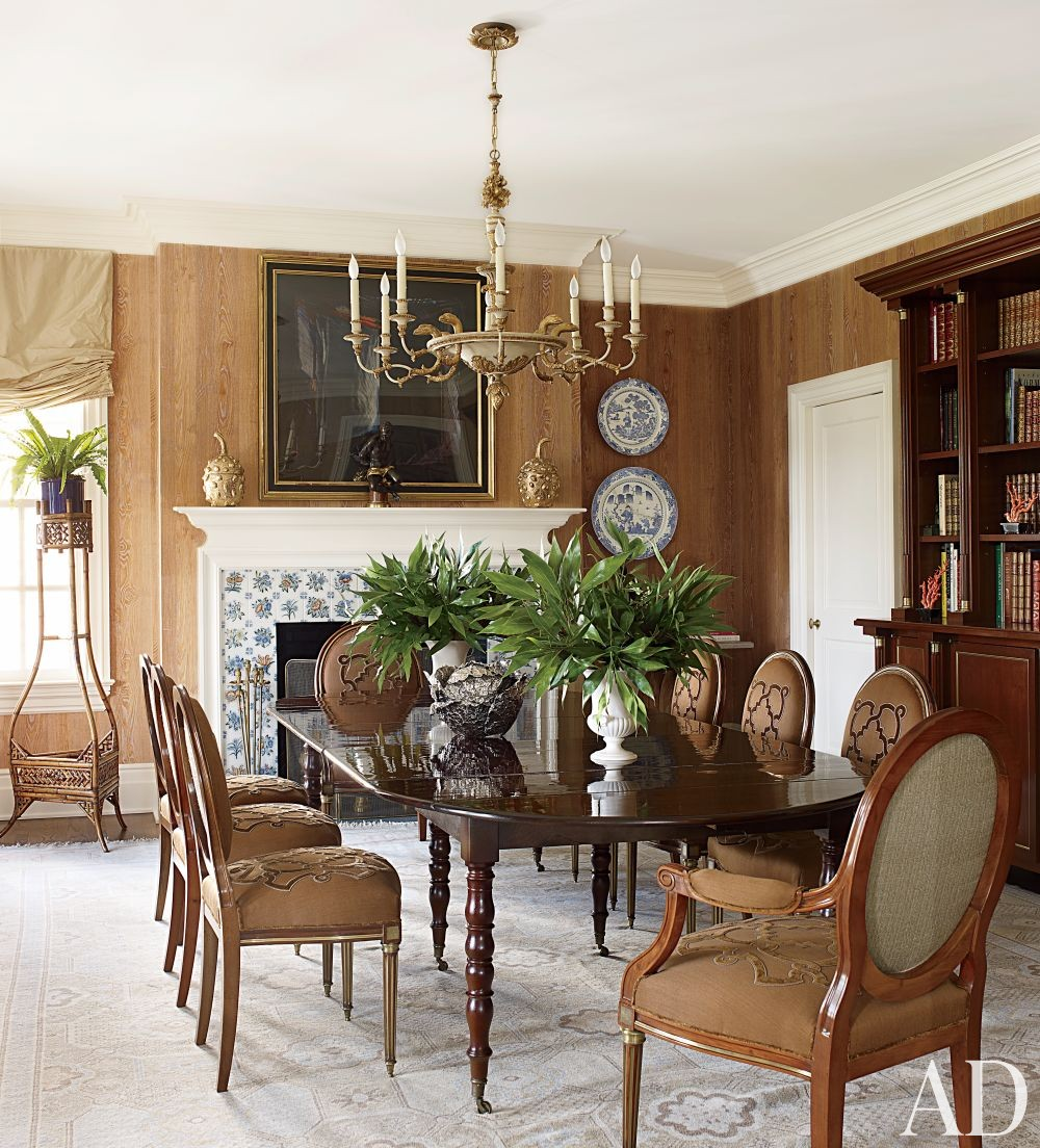 Traditional Dining Room by Alex Papachristidis in Bridgehampton, New York