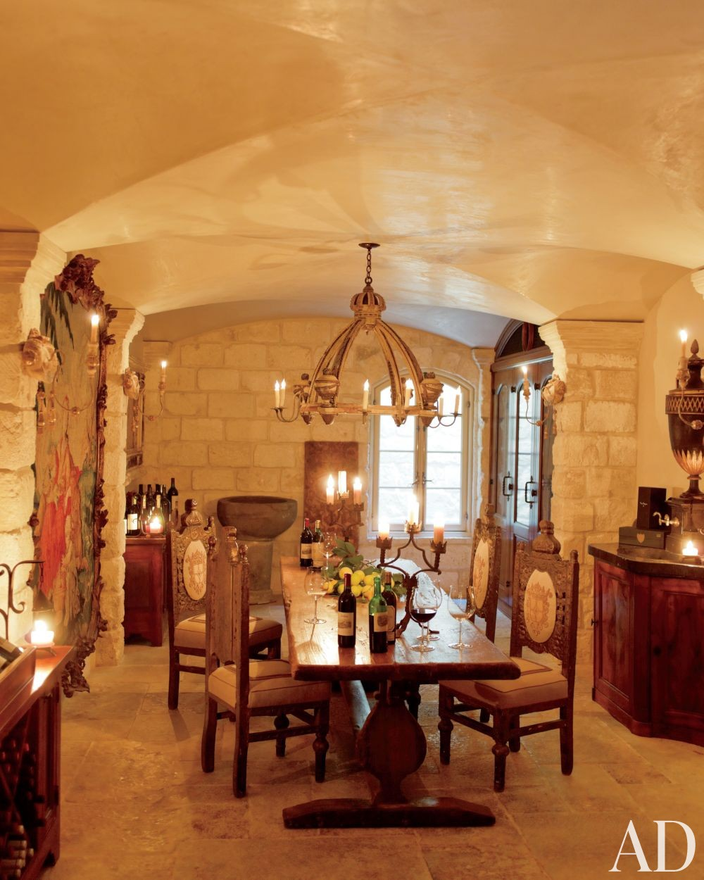 Traditional Dining Room by Kara Childress Inc. and Newberry Campa Architects in Houston, Texas