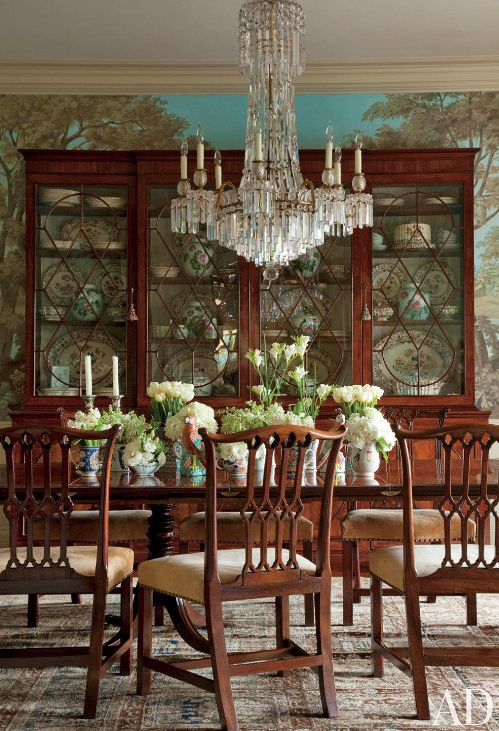 Traditional Dining Room by Lauren King and Ferguson & Shamamian Architects in Los Angeles, California