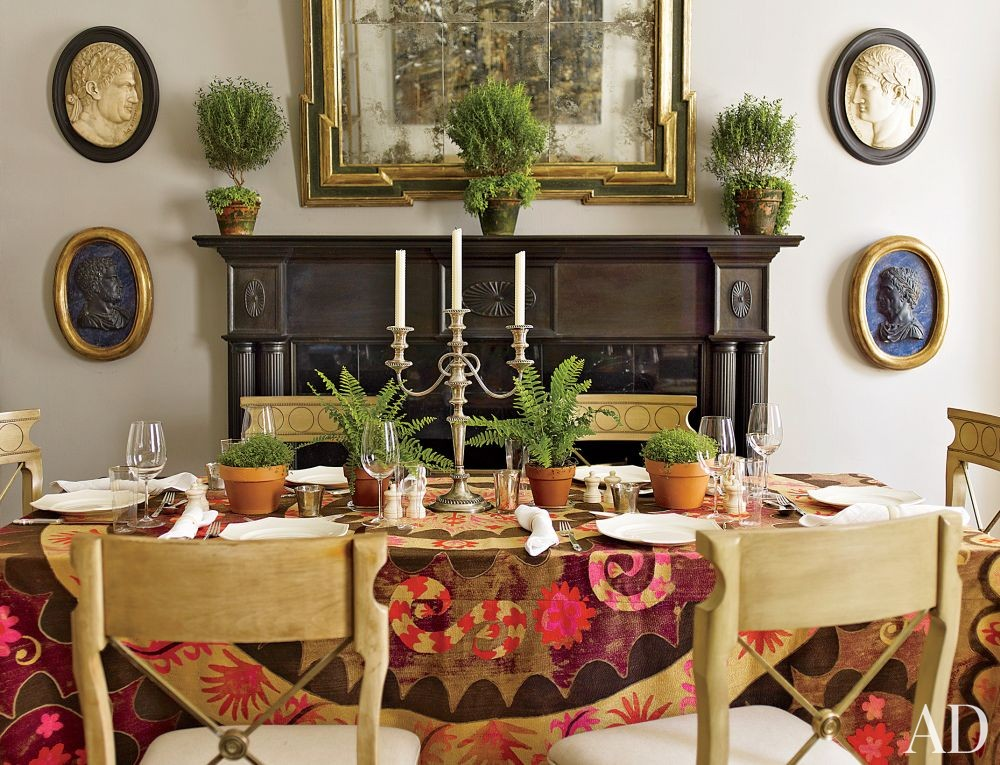Traditional Dining Room in New York, New York
