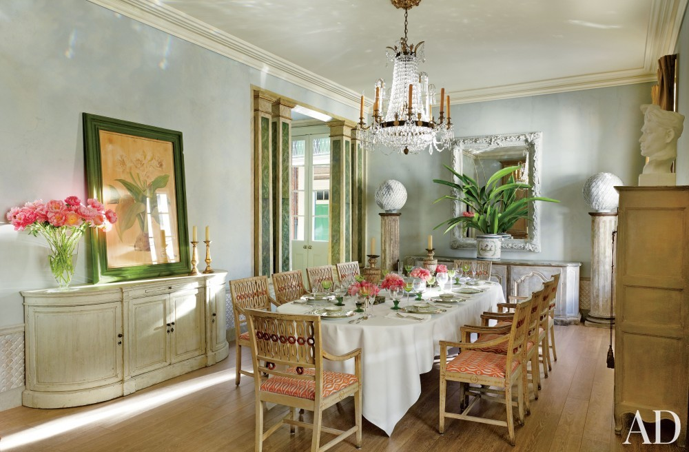 Traditional Dining Room by Nicky Haslam in New Orleans, LA