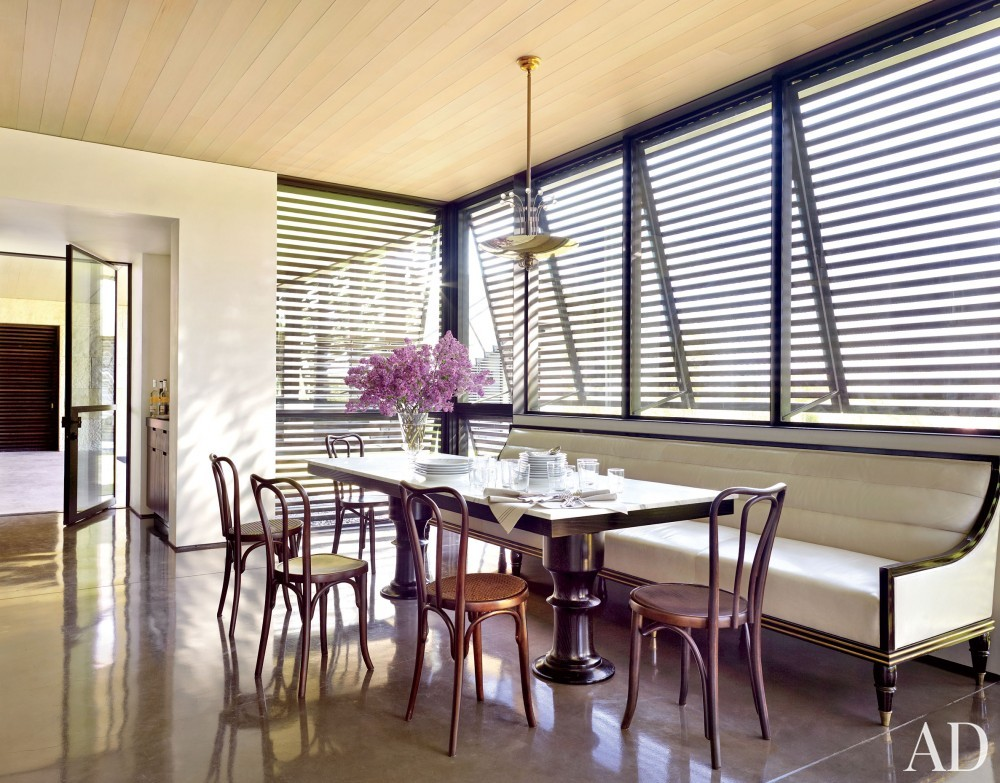 Traditional Dining Room by Sara Story and Lake|Flato in Hill Country, Texas