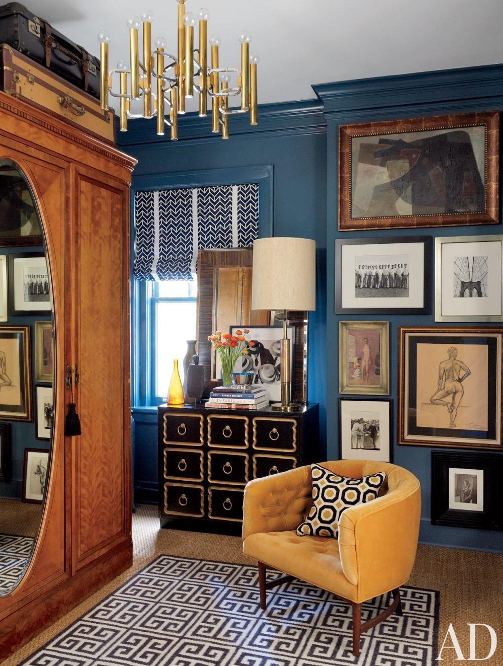 Traditional Dressing Room/Closet by David Jimenez in Kansas City, Missouri